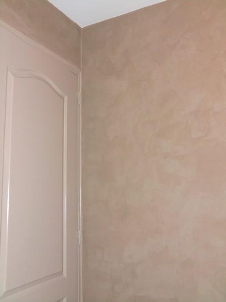 Mur enduit décoratif